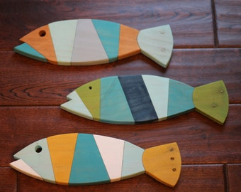 Wooden Fish Wall Art - Nautical striped Pallet Fish