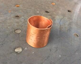 Hammered copper ring. Adjustable