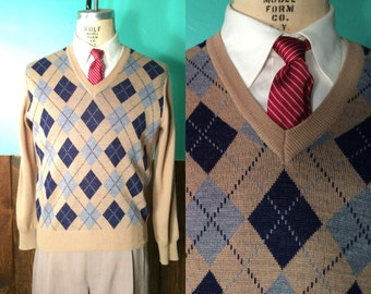 Vintage 1960s Men's Sweater | Light Brown & Blue Argyle Wool Blend Pullover | Large