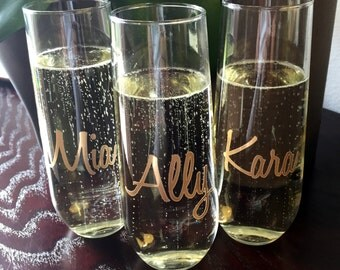 ONE Stemless Champagne Flute Personalized for Bridal Party, Bridesmaids Champagne Glass, Champagne Toasting Glass
