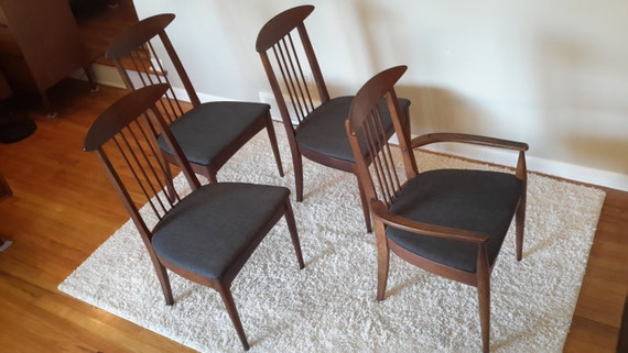 Mid Century Broyhill Sculptra Set Of Four Dining Chairs