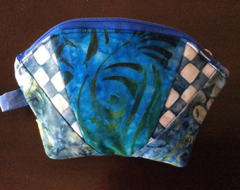 Quilted zipper Cosmetic Bag - Blue Bali prints