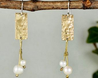 Bridal pearl earrings, long chandelier, hammered jewelry, wedding jewelry, white stone earrings, geometric earrings, bridesmaid gift.