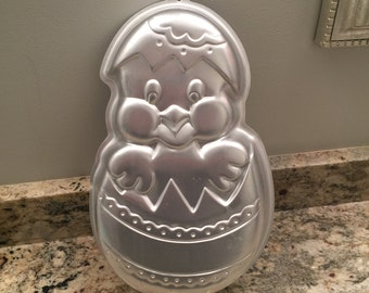 Chick and Easter Egg Cake Pan - REDUCED! - Wilton Vintage 1985