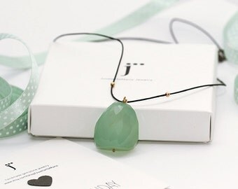 Green Jade Necklace, Unique Necklace, Modern Jewelry