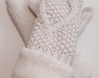 Off white knit mittens