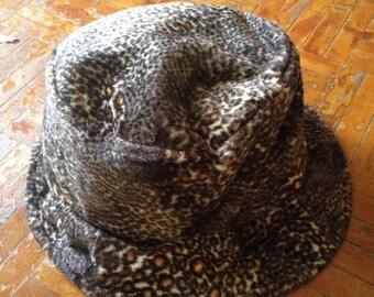 SALE 20% OFF Women's Leopard Print Bucket Hat Size 57.5cm Winter Fashion