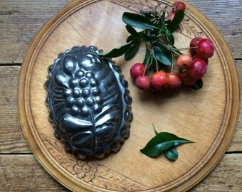 Vintage Metal Jelly Mould, Victorian, Decorative, Collectible