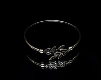 olive leaf bracelet silver