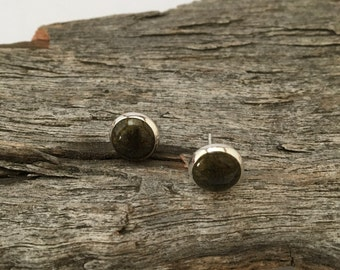 Resin stud earrings, resin earrings, resin jewellery, resin jewelry, fashion, women, earrings, stud earrings