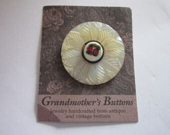 Vintage Handcrafted Brooch From Antique Button - Mother of pearl & Art Glass