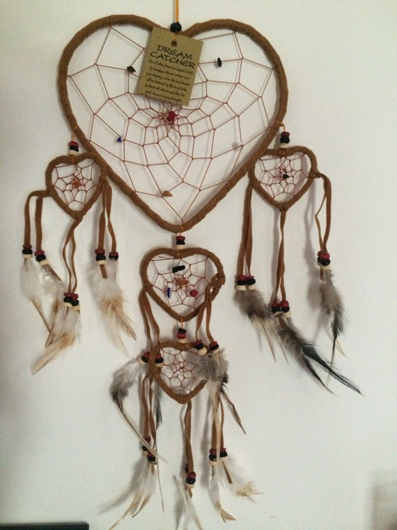 attrape r ves dream catcher coeur camel cuir et pierres. Black Bedroom Furniture Sets. Home Design Ideas