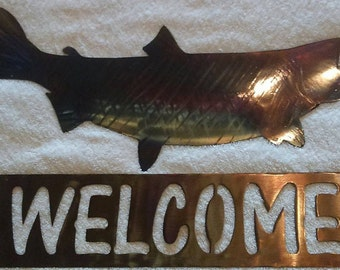 Salmon Welcome sign