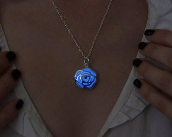 Blue Flower Glowing Necklace - Glow Flower - Glowing Pendant - Glowing Necklace - Glow in the Dark Pendant - Glow Jewelry - Gift for Women