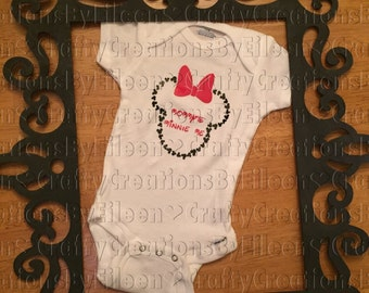 Minnie Mouse baby/ mommys minnie me bodysuit/ Minnie Mouse baby girl bodysuit/ Minnie Mouse/ Minnie Mouse baby girl/ baby girl clothes/