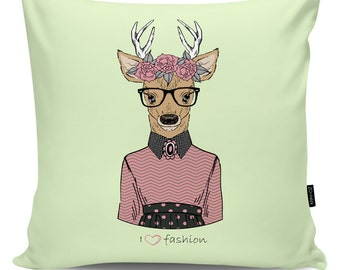 Decorative pillow Lovely Deer