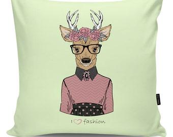 Decorative pillow Lovely Deer