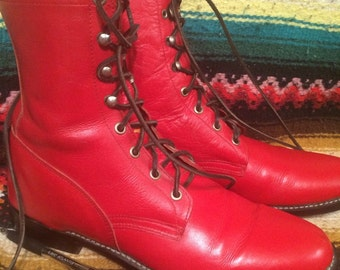 Mans sz 9 red leather lace up boot
