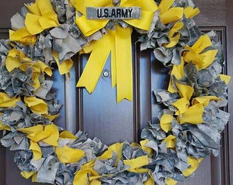 Yellow ribbon /army uniform wreath