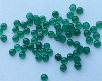 4mm Green Jade round cab - lot of 35 pcs