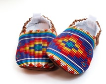 Western Baby, Baby Shoes, Girls Shoes, Tribal Baby, Baby Gift, Bead Style Moccasins, Toddler Slippers
