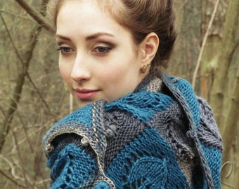 "Hand knit shawl - wool shawl - handmade knit shawl - wool knit shawl - knit triangular shawl - hand knit big kerchief - warm shawl ""Mistral"""