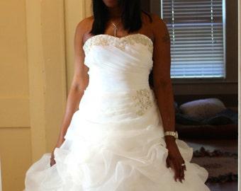 New Gorgeous Handmade Ivory/White Wedding Dress