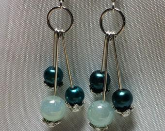 Glass pearl earrings