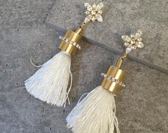 Tassel Earring Big Earrings Statement Boho Earrings White Earrings Swarovski Earrings Chandelier Earrings Bridal Earrings Long Earrings