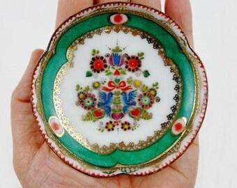 Jahrgang Folk Emaille Ring Dish mit Tauben von Steinböck Austria in grün und Gold