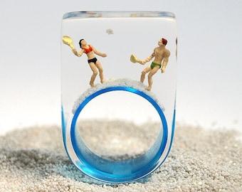 Beach baubles