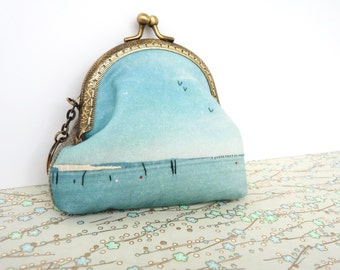 Hand stitched Coin Purse with bronze color vintage metal frame / Embroidery coin purse, photo embroidery