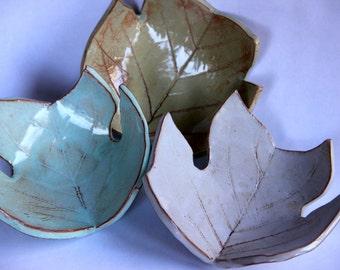 Large Leaf Ceramic Ring Dish