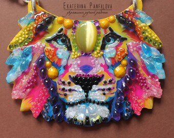 Rainbow Leo-necklaces handmade from stones and beads