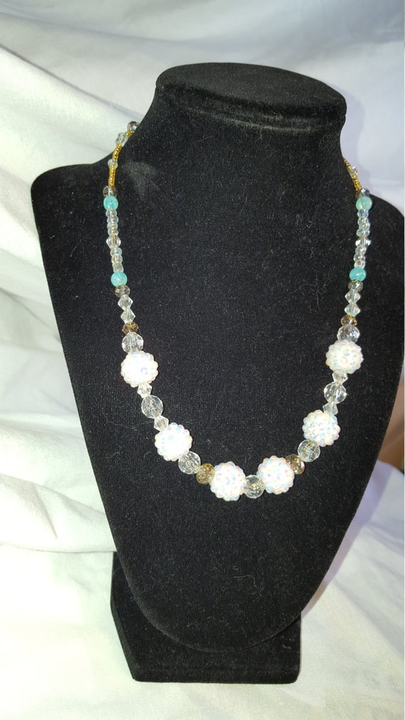 Gold snowflake crystal necklace