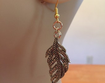 Gorgeous Gold Leaf Earrings