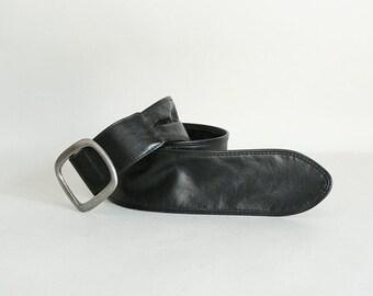 Women Wide Black Cinch Belt