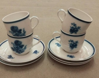 Set of 6 coffee cups and saucers from Mosa with Blue Roses Decor made in Holland '60