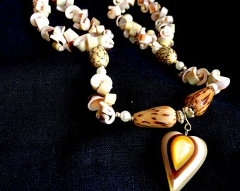 Early Lee Sands Conk Shell Necklace Designer Vintage Laminated Quality Wood Beads Stunning Chunky Pink Conk Hawaiian Wedding 1970's 70's