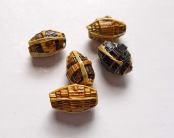 Banana Small Banana Leaf Beads 1cm approx Pack of 5 - Fair Trade from Mzuribeads Uganada