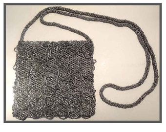 VINTAGE beads silver/bag pouch evening bag / purse in silver beads.