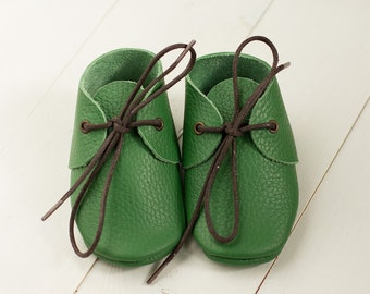 Baby green moccasins/ Leather moccasins/ Infant, toddler, newborn soft shoes