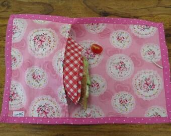 Vintage reusable snack bag. Reusable sandwich bag for school. Personalized.
