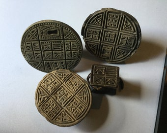 PRIMITIVE TRIBAL Hand Carved WOOD Antique Printing Blocks 4 Pieces Afro Indo origin