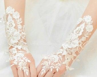 Wedding Gloves, Lace Gloves, Fingerless Gloves, bridal gloves,Bridesmaids Gloves, Bride gloves, Rhinestones Fingerless Gloves, LG16008