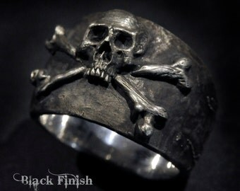 Skull Ring,Pirate Ring,Skull and Crossbones Ring,Mens Silver Skull Ring, Biker ring, Rocker ring,Custom Sterling Silver Skull Ring,.925
