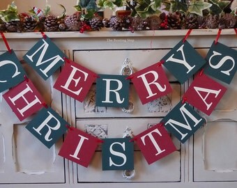 Merry Christmas bunting, Christmas decoration, Christmas banner in vintage red and green
