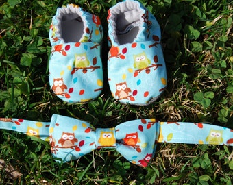 Owl Bow tie and Baby booties set