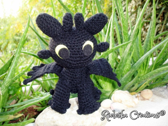 Free Crochet Pattern For Toothless The Dragon : Pdf Crochet Pattern- Toothless Dragon Night Fury amigurumi ...