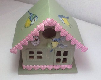 Decoupage bird house